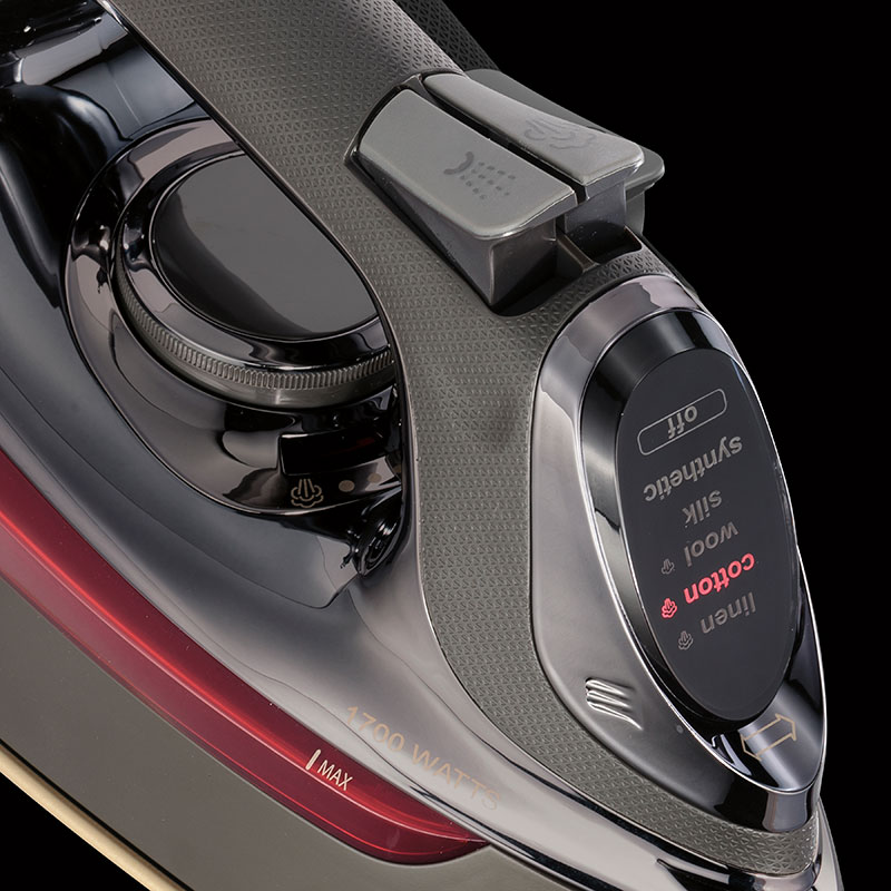 CHI Electronic Retractable Iron 13105 - Display